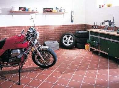 Напольная плитка для гаража- керамическая