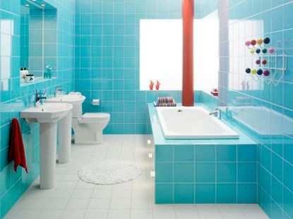 Уход и техническое обслуживание полов в ванной комнате