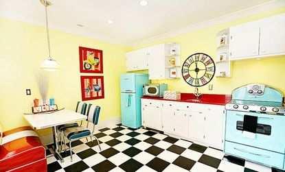 Преимущества плитки как напольного покрытия для кухни