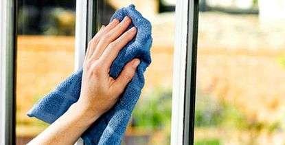 Что нужно знать об уходе за пластиковыми окнами?