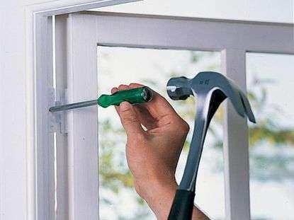 Как выполнить ремонт стеклопакета своими руками?